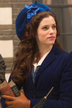 Jessica De Gouw dazzling in blue as Mina Murray in Dracula episode 2 - sky.com/dracula
