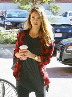 Jessica Alba out in Santa Monica