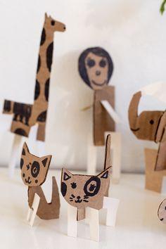UKKONOOA: Pahviaskartelua / Simple Cardboard Animals