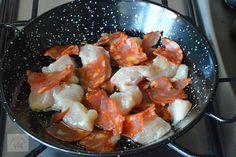 Paella cu pui si chorizo - CAIETUL CU RETETE Chorizo, Paella, Shrimp, Meat, Food, Salads, Eten, Meals, Diet