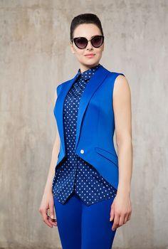 Купить дизайнерские женские Жилеты в Москве - модная одежда в интернет магазине Kalashnikovy