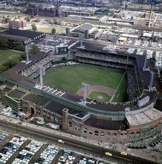 """Comiskey Park, Chicago, 1959 - Here is a wonderful aerial view of Comiskey Park during the 1959 World Series between the White Sox and Los Angeles Dodgers. Only World Series in a that a New York team was not involved. Dodgers won the series in six games"" White Sox Baseball, Baseball Park, Baseball Boys, Baseball Photos, Baseball Players, Baseball Classic, Baseball Stuff, Baseball Field, Boston Baseball"