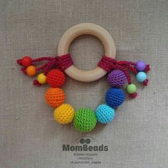 Círculo Crochet Baby Toys, Crochet For Kids, Amigurumi Patterns, Crochet Patterns, Teething Toys, Baby Rattle, Crochet Accessories, Baby Sewing, Baby Patterns