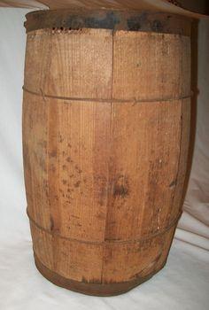 Old Vintage Wooden Nail Keg ~ Barrel ~ Rustic     24.00