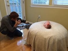 Some great pointers for how to shoot newborn photos at home using natural light (my fave).