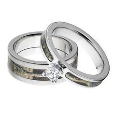 Camo Engagement Ring Set, 14k Gold Prong Setting #Valentines #CamoRing #Engaged #CountryWedding #ILoveYou #CamoWedding #MatchingRings #Camouflage #WeddingRings #WeddingBands