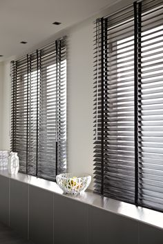 We are your number one store for varieties of blinds. Wooden blind Day and night blind Venetian blinds Roller . Blinds For Windows, Curtains With Blinds, Store Venitien, Indoor Shutters, Beautiful Curtains, Interior Windows, Wood Blinds, Window Styles, Office Interior Design
