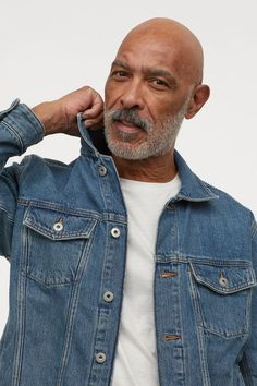 Jacket in cotton denim with a collar buttons at front and at cuffs and yoke at top. Chest pockets with flap and button diagonal welt pockets above hem and tab at sides with adjustable buttoning. Denim Jacket Fashion, Denim Jacket Men, Mens Fashion, Fashion Outfits, Men's Outfits, Grunge Outfits, Bandana Hairstyles, Modern Gentleman, Mens Clothing Styles
