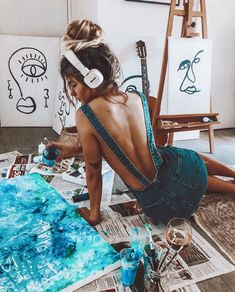 working in studio Art painting paintwork colors denim jeans summer spring sty. Artist Life, Artist At Work, Home Photo, Photo Art, Creative Photography, Portrait Photography, Photography Illustration, Kreative Portraits, Francis Picabia