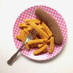 Crochet Diy, Crochet Food, Easy Crochet Patterns, Learn To Crochet, Amigurumi Patterns, Yarn Inspiration, Soft Sculpture, Crochet Animals, Diy Toys