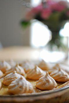 DecoDreamer's Diary: Lemon meringue pie