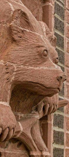 Brick Lane, Lion Sculpture, Statue, Art, Brick Road, Art Background, Kunst, Performing Arts, Sculptures