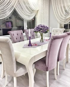 Creative ways elegant dining room design decorations Dining Room Design Creative Decorations design Dining Elegant Room ways Shabby Chic Dining Room, Dining Room Table Decor, Elegant Dining Room, Luxury Dining Room, Beautiful Dining Rooms, Elegant Home Decor, Dining Room Design, Dining Tables, Living Room Interior