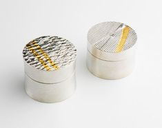 Boxes in silver and 24ct gold by Marion Kane