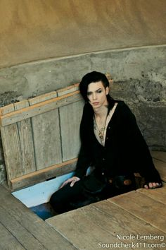Andy Biersack. All credits go to the person who took this picture.