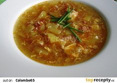 Uzená česnečka Thai Red Curry, Cooking, Ethnic Recipes, Food, Pergola, Kitchen, Essen, Outdoor Pergola, Meals