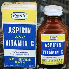 Aspirin with vitamin C Chef Boyardee, Medical Packaging, Soap Packaging, Listerine, Punch, Jif Peanut Butter, Old Medicine Bottles, Brown Bottles, Vintage Packaging