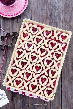Crostata ricotta e marmellata per San Valentino - The best recipe pie- xoxo - pie crust - heart pie - valentine's day  Chiarapassion
