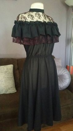 Hey, I found this really awesome Etsy listing at https://www.etsy.com/listing/250327627/30-percent-off-vintage-70s-edwardian