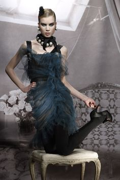 Lanvin Pre-Fall 2009 Fashion Show - Elsa Sylvan