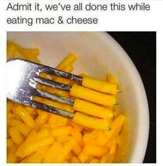 23 Extremely Random Things Pretty Much Everyone Did As A Kid For No Reason No bc I ahte mac and cheese Stupid Funny Memes, Funny Relatable Memes, Funny Posts, Funny Stuff, Silly Jokes, Relatable Posts, Funny Humor, Funny Shit, Funny Cute
