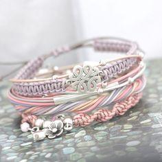 Mini leer van 1 mm in schitterende kleuren om super trendy en originele armbandjes van te maken!!