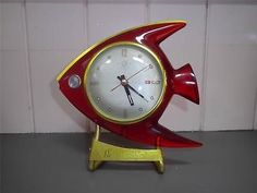 Stunning-Stylish-Vintage-Helmbrand-Red-Perspex-Angel-Fish-Novelty-Clock-c-1950-s