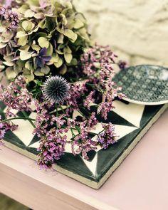 """Gefällt 128 Mal, 5 Kommentare - Tiny Table by LauriLisa (@tiny_table) auf Instagram: """"Hortensien-Liebe💜 die sind meine absoluten Lieblingsblumen! Es ist wieder #flowerfriday und…"""""""
