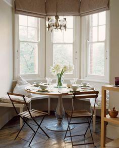 Le charme de votre coin repas n'est pas à sous-estimer! L'endroit où vous consommez la plupart de vos repas devait être particulièrement confortable. Cela contribue à l'ambiance cozy qui règnera du…