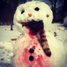 Frosty eats raccoon: the story of the carnivorous snowman - Boing Boing Creepy Horror, Scary, Snowmen Pictures, Calvin And Hobbes, Christmas Images, Winter Christmas, Funny Cute, Funny Pics, Winter Wonderland