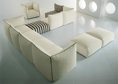 Italian company Saba Italia is taking the trend of lush and plush to the next level with this modern cozy furniture, designed by Enzo Berti. Description from homedesigninstyle.com. I searched for this on bing.com/images