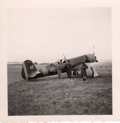 Foto-Luftwaffe-Flugzeug-Rumaenische-IAR-80-Mizil-im-Oktober-1942 Luftwaffe, History Of Romania, Ww2 History, Choppers, World War Two, Wwii, Air Force, Fighter Jets, Aircraft