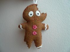 Christmas ornaments - Terrified Gingerbread Man    lol need this for my gingerbread tree!!!