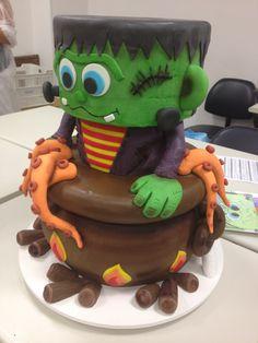 Frankenstein Cake Halloween