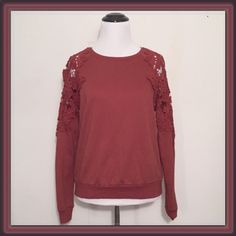 Open lace shoulder sweater ✌️MAKE ME AN OFFER✌️I also do customized bundles❗️ ➖CONDITION : EUC - like new  ➖SIZE: Small ➖STYLE: The sweater is a beautiful red rust burgundy color and has lace cold shoulders. The material inside is sweater soft and the outside material outside is more on the sweatshirt material. This is a top that can be worn as casual with a bit of flirt. ✌️ Forever 21 Sweaters Crew & Scoop Necks
