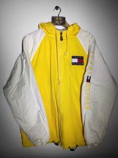 Tommy Hilfiger Coat size Small(but Fits Oversized) £110 Website➡️ www.retroreflex.uk #tommyhilfiger #vintage #coat #oldschool