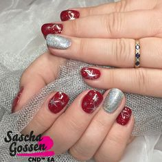 CND™ SHELLAC™ limited color Scarlet Letter is so beautiful! With Silver Chroom, Lecenté Spark glitter and the :YOURS loves SASCHA stamping plate. #cnd #saschagossencnd #cndworld #cndgowithapro #cndshellac #sascha #shellac #stamps #stampingplates #stampingnailart #stars #yourscosmetics #yourslovessascha #saschagossen #saschagossenplates #saschagossencnd #ScarletLetter #christmasnailart #nails #nailart #nailpro #inspiration #creative @cndworld @yourscosmetics @lovelecente @laprofilique