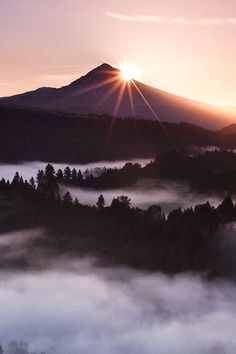 Sunrise, every day is a gift and when you travel, you feel those gifts more acutely!