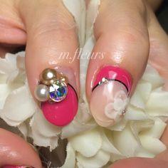 【Pink×Flower×Bijou✨】  #Nail #NailArt #NailDesign  #箕面 #北摂 #NailSalon #Mfleurs #NailArtist #Mayu  #HandPaint #Pink #Flower #Bijou #BijouNail #네일 #네일아트 #美甲 #美甲師