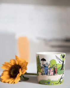 #gjørnoenglad med dette fine Mummi Sommerkruset 2018 fra Arabia. Årets sommerkopp fra Mummi gir deg øyeblikkelig sommerfølelse! Kruset er en herlig ting å gi bort og en herlig ting å motta. #gavetips #mummikrus #arabiamuumi Aesthetics, Spring, Tableware, Instagram, Dinnerware, Dishes