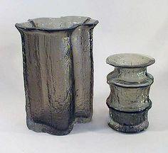 "TIMO SARPANEVA - Glass vases ""Finlandia"" 2359 and 3362 designed in 1964 for Iittala, Finland.   [h. 22 cm & 15 cm] Glass Design, Design Art, Glass Art, Candle Holders, Retro, Vases, Bottles, Surface, Home Decor"