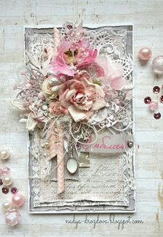 ideas for shabby chic christmas tags mixed media Christmas Mix, Shabby Chic Christmas, Handmade Christmas, Christmas Ideas, Shabby Chic Karten, Shabby Chic Cards, Diy And Crafts, Paper Crafts, Art Crafts