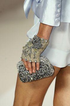 Gant haute couture