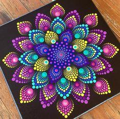 Dot Art Painting, Rock Painting Designs, Painting Patterns, Stone Painting, Mandala Art Lesson, Mandala Drawing, Mandala Painting, Mandala Design, Mandala Pattern
