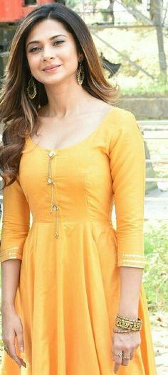 Love u jenni nishi khan Indian Gowns, Indian Fashion Dresses, Indian Wear, Indian Outfits, Fashion Outfits, Ethnic Outfits, Indian Clothes, Patiala Suit Wedding, Kurta Designs Women