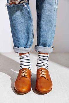 Avec chaussettes apparentes
