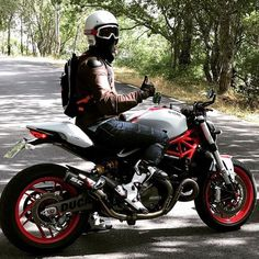 Moto Bike, Motorcycle Bike, Ducati 821, Ducati Monster 821, Cafe Racing, Cafe Racer Bikes, Mens Gear, Cool Motorcycles, Bikers