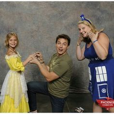 12 Reasons John Barrowman Is The Best Celebrity To Meet At A Convention