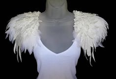 White feather epaulettes Embroidered made to measure bridal feather shoulder pieces Wedding cape alternative White Party wings Burning Man Maleficent Cosplay, Burning Man, Party Wings, Coque Feathers, Wedding Cape, White Feathers, Make Design, Bridal, Costume Design