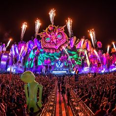 Electric Daisy Carnival is probably one of the most expected festivals in the electronic music world. Taking place every year in Las Vegas (and other places), this event manages to draw an incredible amount of attendees and with every edition, that...